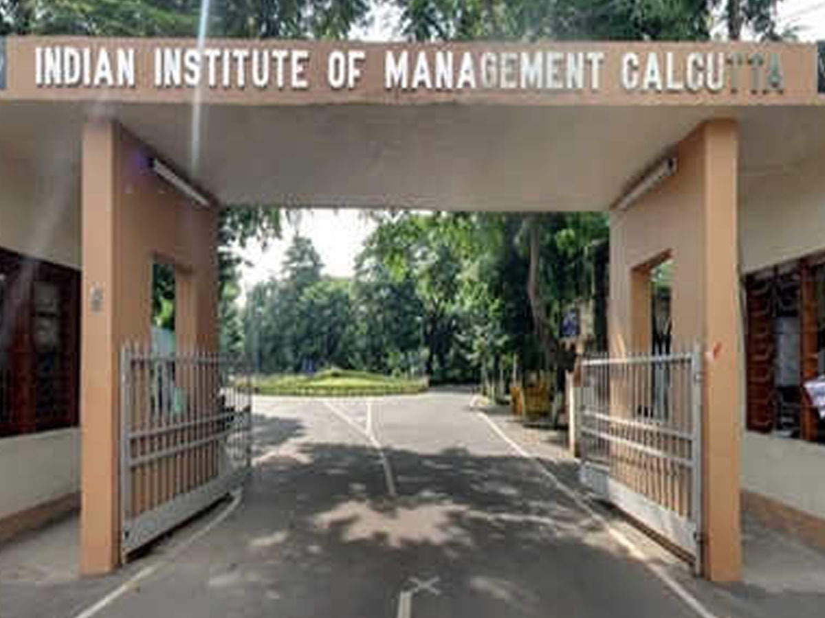 IIM Calcutta launched an online course on Business Analytics for Strategic and Tactical Level Decision Making