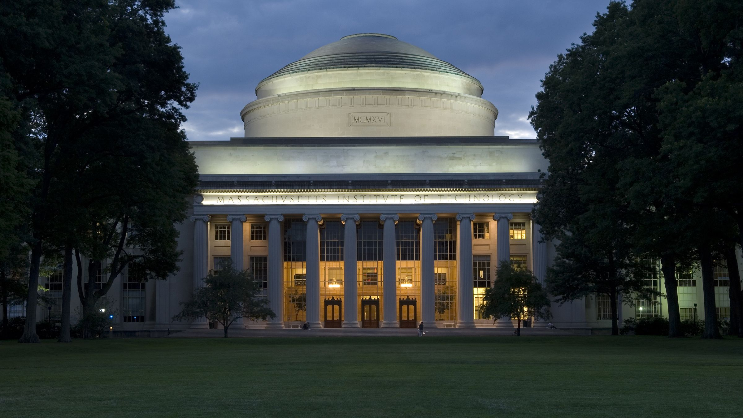 MIT: MicroMasters Program in Statistics and Data Science